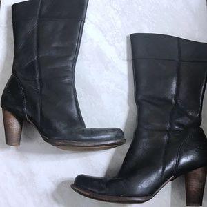 UGG Sz 7.5 Black Stella Leather Wood Heeled Boots